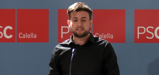 Laroussi en un acte de campanya per a les municipals de Calella