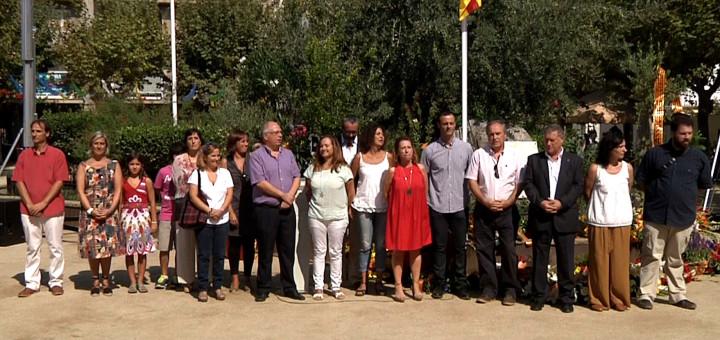 Membres de l'Ajuntament de Calella en l'acte institucional de l'Onze de Setembre de l'any passat.
