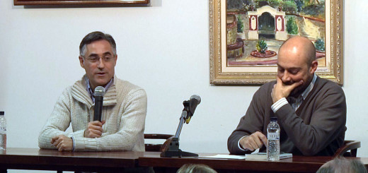 Ramon Tremosa acompanyat pel periodista Saül Gordillo