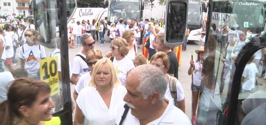 Sortida dels autocars per la manifestació de la Diada del 2015