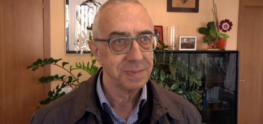 Mossèn Josep Gispert durant una trobada a l'Ajuntament de Calella, arxiu