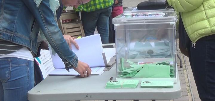 Jornada de votació als pressupostos participatius de l'any passat