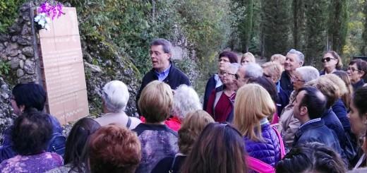 Mossèn Cinto Busquet en un dels actes de la Romeria a Montserrat (arxiu)
