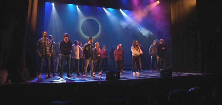 """Assajos del musical """"Jesucrist Superstar"""" produït per l'Atsoc"""