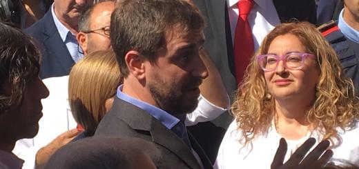Maria Jové, presidenta del Comitè d'Empresa de l'Hospital de Calella a l'arribada del conseller Comín