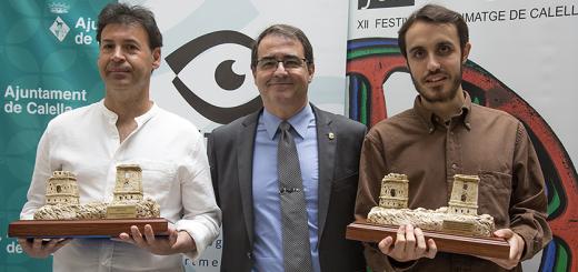 Osuna (esquerra) i Almirall (dreta) acompanyats pel president de FFC, Xavier Rigola (Foto: Tino Valduvieco)