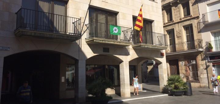 ajuntament_balcó_senyera_referèndum5