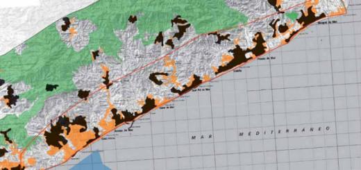 La zona d'alta pressió urbanitzadora delimitada per una franja vermella (Font: Greenpeace)