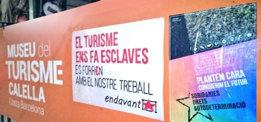 Pancartes de la campanya d'Endavant al MUTUR, fa uns dies (Foto: @EdavantOsan)