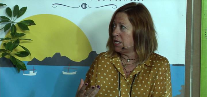 L'alcaldessa de Calella, Montserrat Candini, durant el programa d'ahir de Radio Calella Televisió