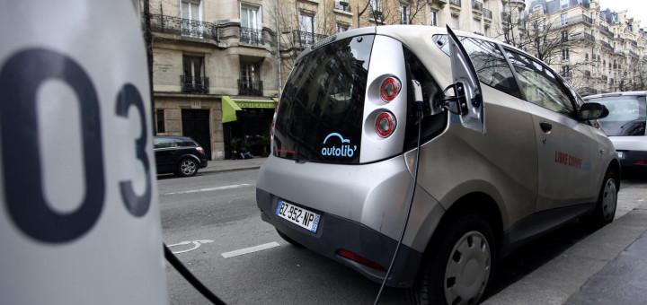 Vehicle elèctric a Barcelona (Font: EFE)