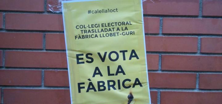 Cartell a l'Escola Freta, on finalment no es podrà votar