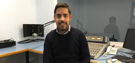 David Mejía, número 9 de la llista per Barcelona de Ciutadans, als estudis de Ràdio Calella TV
