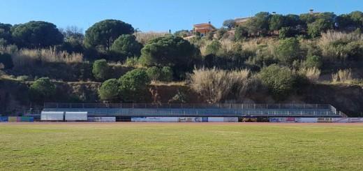 Les graderies de la zona esportiva de La Muntanyeta, aquest matí