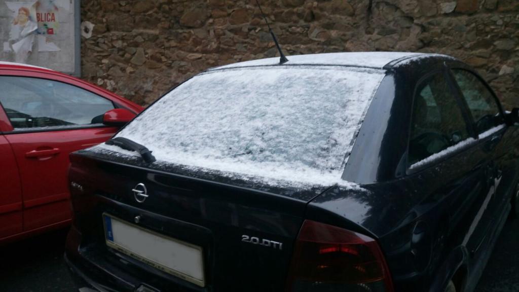 cotxe nevat