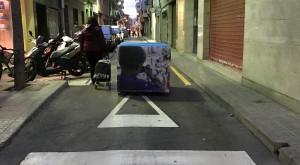pilona mig del carrer