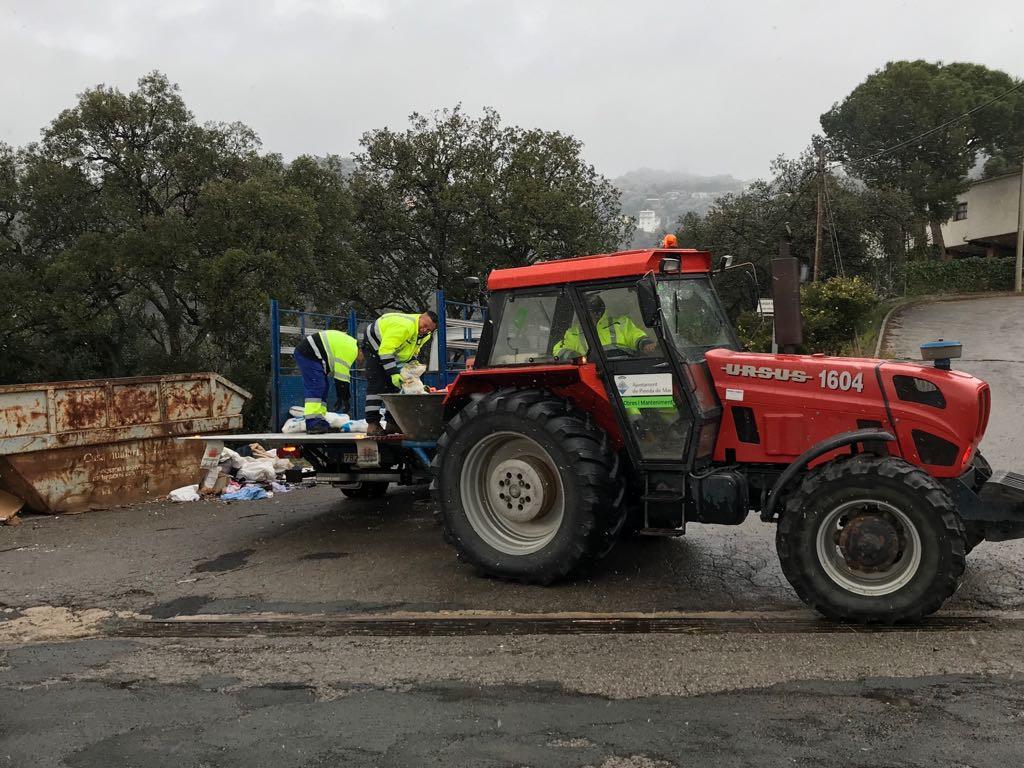 tractor sal