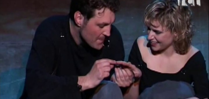 """[Vídeo][La Ciutat] Què té """"La nena dels pardals"""" que a tothom li agrada?"""