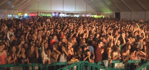 L'envelat ple a vessar durant el concert d'Els Catarres, l'any 2015