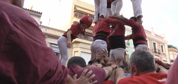 Els maduixots en un moment de la seva actuació per la diada de Festa Major de la Minerva