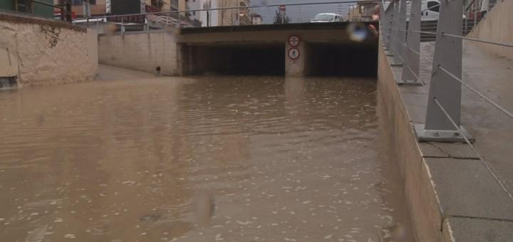 riera inundada00000000