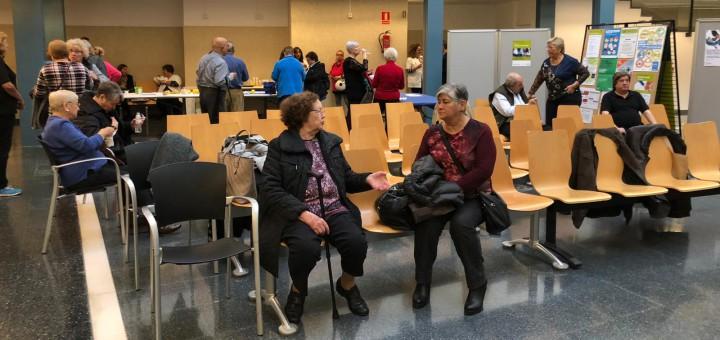 Usuaris del CAP de Calella que assisteixen als tallers organitzats amb motiu del Dia Mundial de la Diabetis