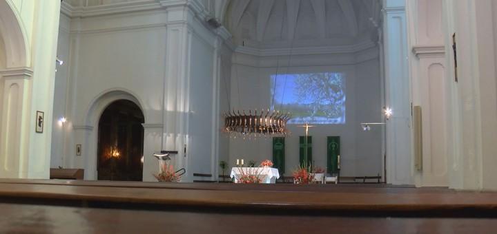 corona altar església00000000