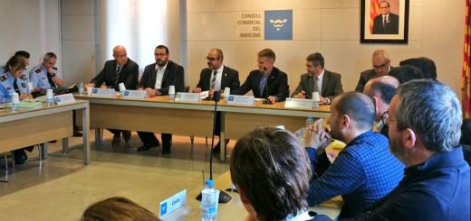 El conseller d'Interior, Miquel Buch, reunit amb els representants de les poblacions del Maresme