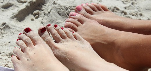 feet-492549_640