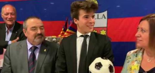 [Vídeo] Riqui Puig recull a Calella el trofeu Mario Munt al jugador amb més projecció del Barça B