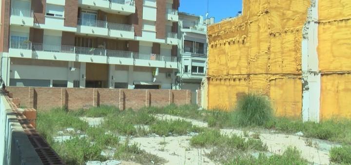 [Vídeo] La reconversió dels locals comercials de Jovara en habitatges, pendent de la nova normativa catalana