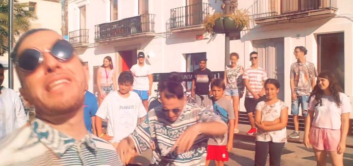"""[Vídeo] """"Plantem Cara"""", el rap de Nel·lo C i dels joves de Calella que reivindica la igualtat"""