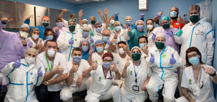 Personal d'Urgències de l'Hospital de Calella fotografiat per Joan Maria Arenaza
