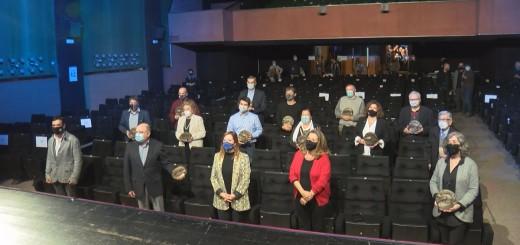La presidenta de l'Acadèmia del Cinema Català durant l'acte d'entrega de les distincions a les sales centenàries del país