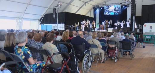 Concert de Festa Major a l'envelat de mar ( Imatge d'arxiu)
