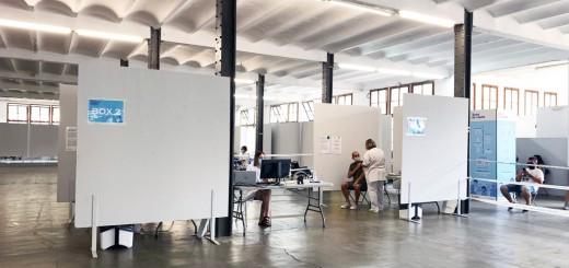 El centre de vacunació de la Fàbrica Llobet-Guri té quatre boxes en funcionament