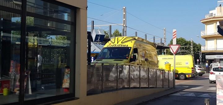 Dues ambulàncies del SEM desplaçaces aquest matí a l'estació de Renfe