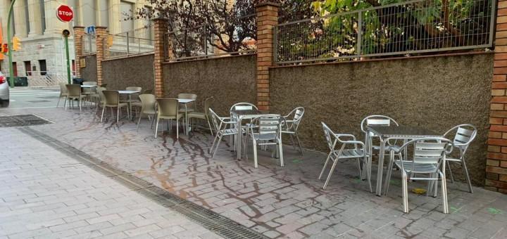 Bars i restaurants tornaran a pagar per treure taules i cadires al carrer a partir de l'1 de maig del 2022